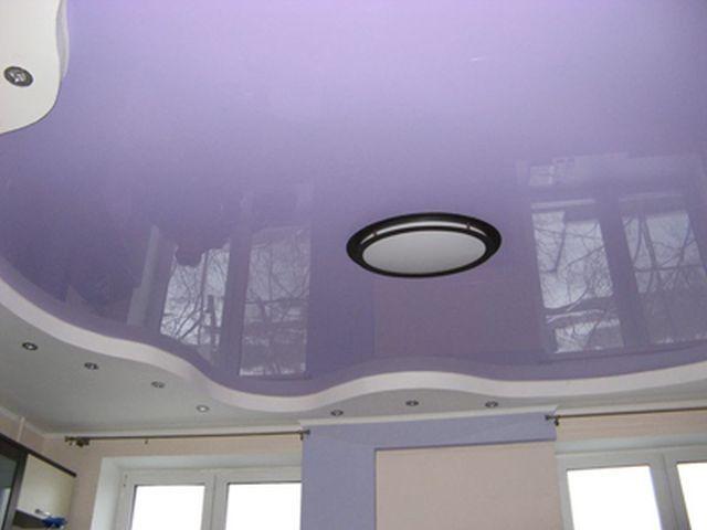 Дизайн натяжных потолков сиреневого цвета