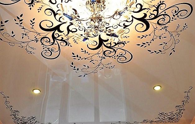 Потолок с печатью