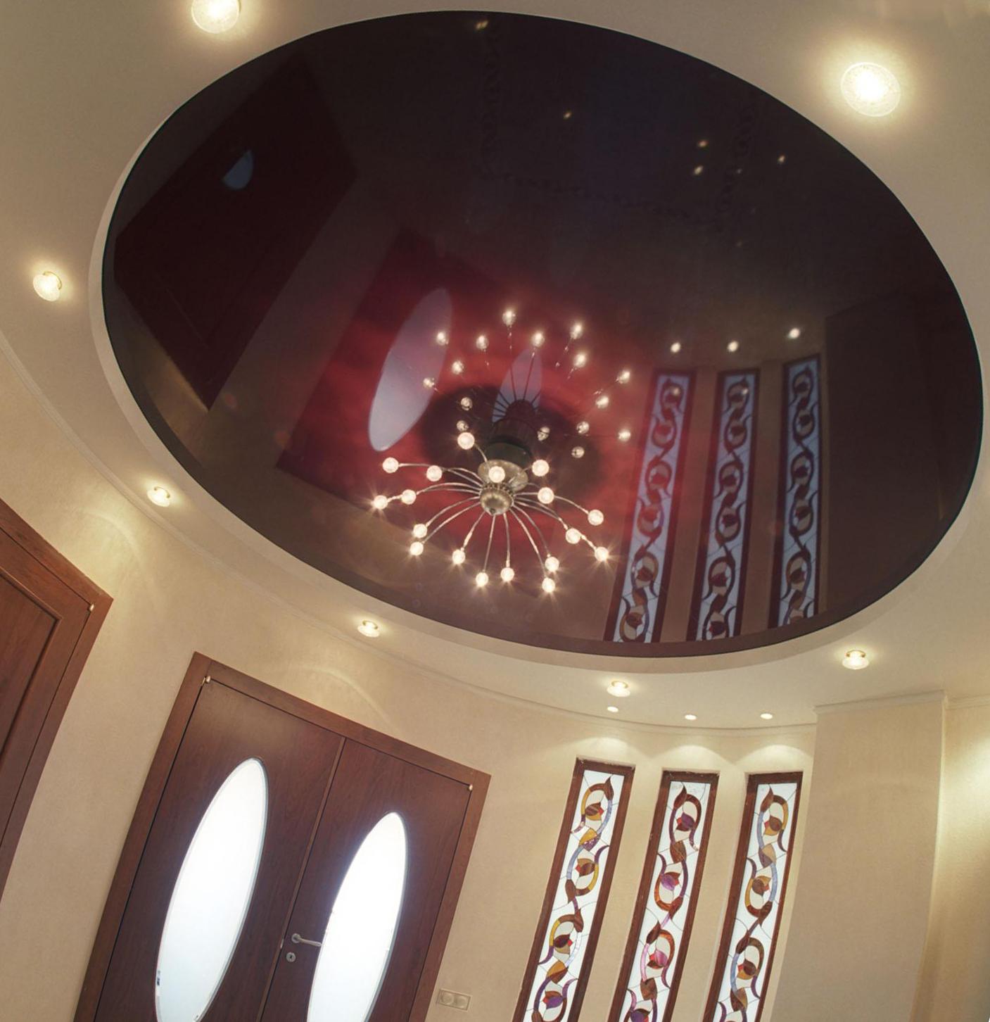 Оригинальные круглые конструкции натяжных потолков