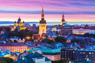 старый Таллин - фотопечать на потолке