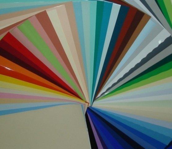 выбор цвета натяжного потолка
